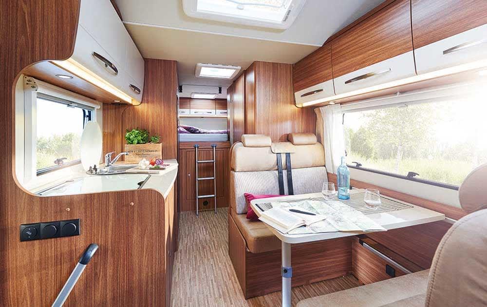 wohnmobil family deluxe in dresden mieten. Black Bedroom Furniture Sets. Home Design Ideas