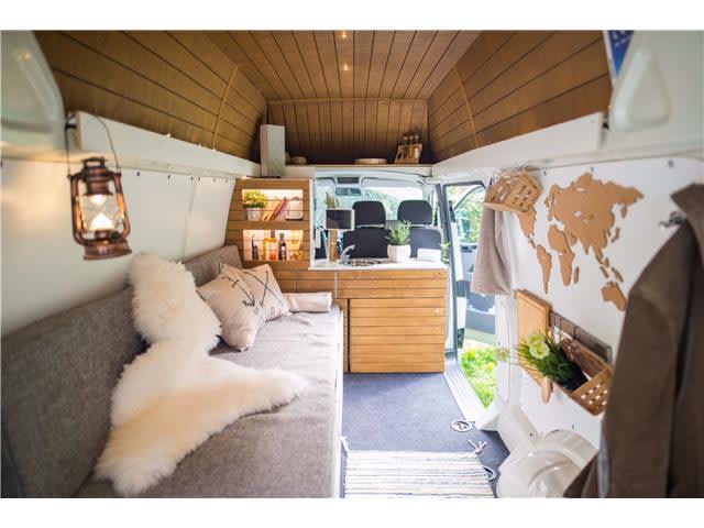 wohnmobil mahuida rabaukenh hle in k ln mieten. Black Bedroom Furniture Sets. Home Design Ideas