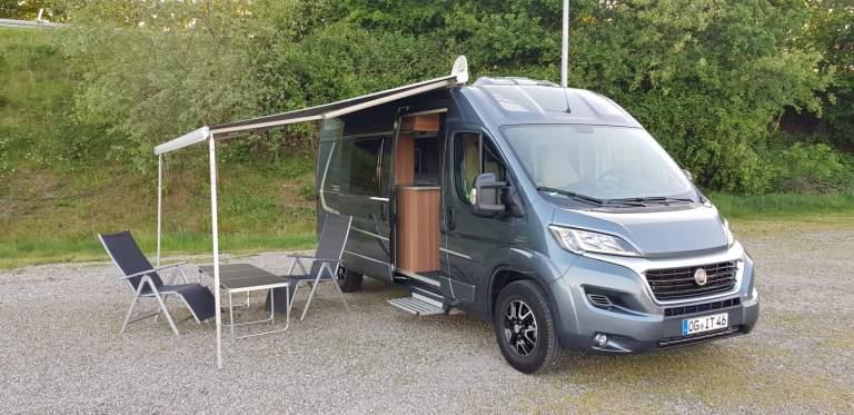 wohnmobil carabus solar navi tv ahk e bike tr ger in. Black Bedroom Furniture Sets. Home Design Ideas