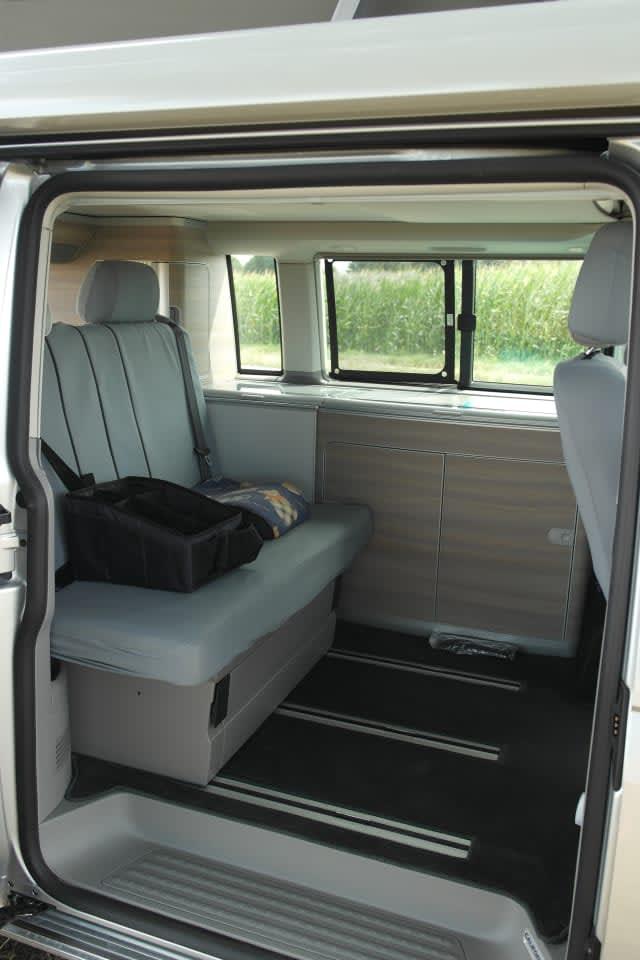 wohnmobil sonnen bus in mering mieten. Black Bedroom Furniture Sets. Home Design Ideas