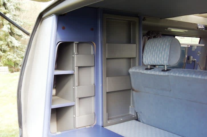 wohnmobil domino camper in klipphausen mieten. Black Bedroom Furniture Sets. Home Design Ideas