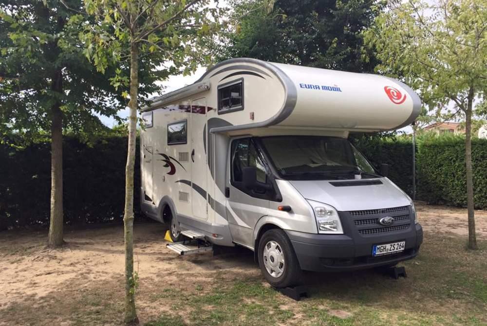 Wohnmobil mieten in Kelsterbach von privat | Eura Mobil Schnecke