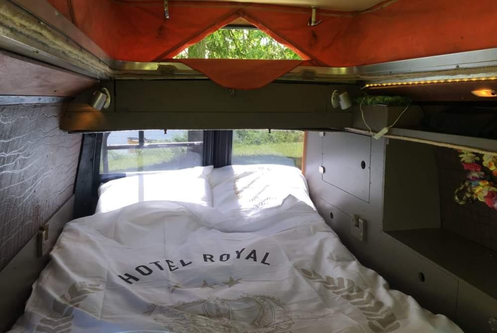 Wohnmobil mieten in Enschede von privat | Volkswagen 2.4D Buddhabus