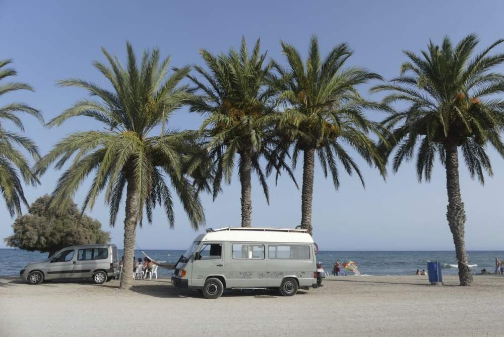 Wohnmobil mieten in Barcelona von privat | Mercedes Carlos