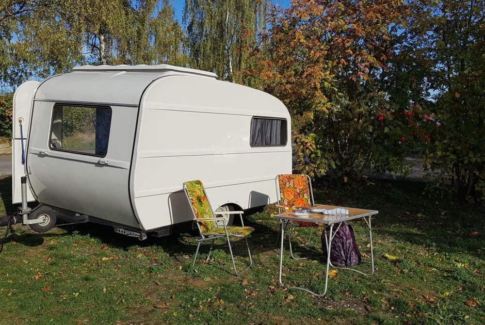 wohnmobil bob in apolda mieten. Black Bedroom Furniture Sets. Home Design Ideas
