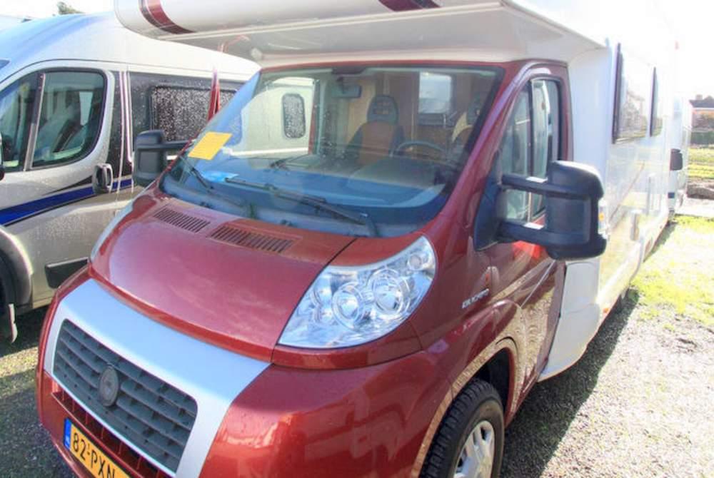 Wohnmobil mieten in Twello von privat | MC Louis Fiat Ducato Happy Family Camper Stapelbed Fiat Louis