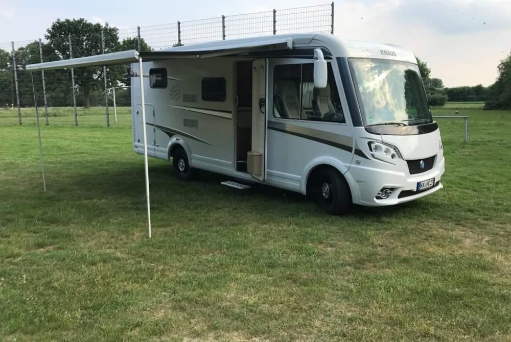 Wohnmobil mieten in Kempen von privat   Knaus Kompakt Camper Four