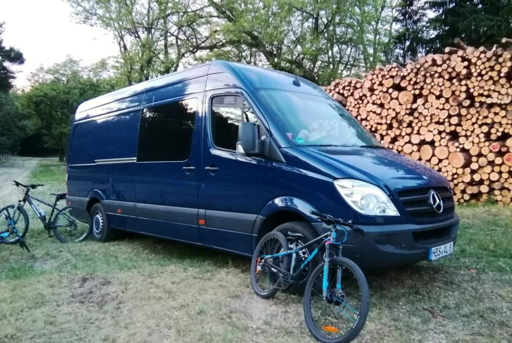 Wohnmobil mieten in Berlin von privat | Mercedes Benz Käpt'n Blaubär