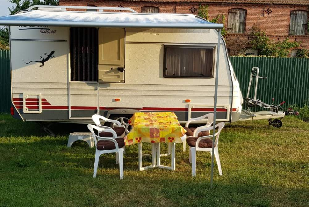 wohnwagen familienwagen in lilienthal mieten. Black Bedroom Furniture Sets. Home Design Ideas
