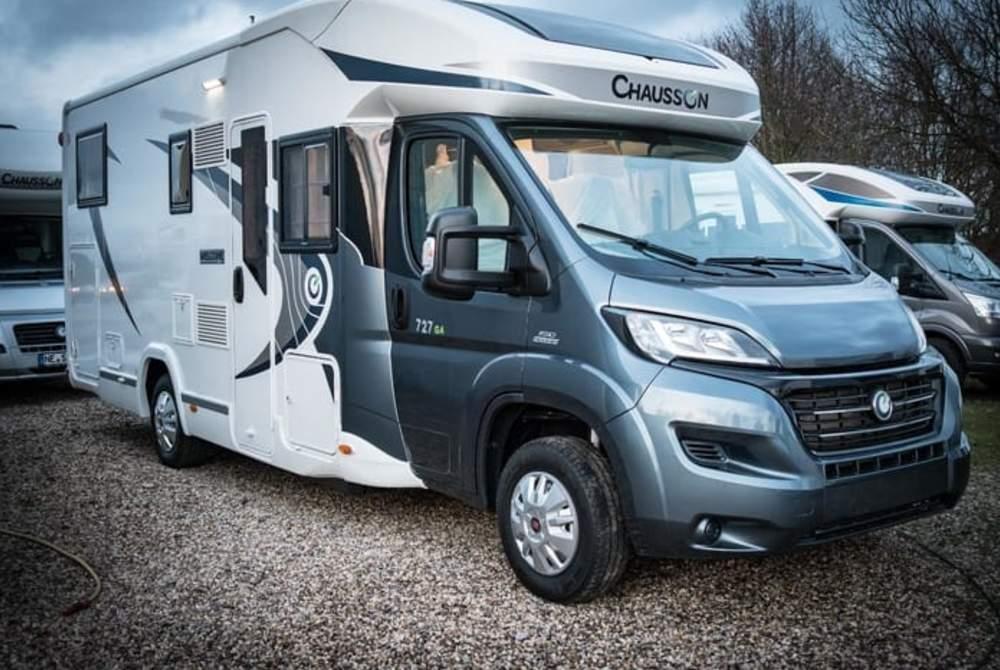 Wohnmobil mieten in Grevenbroich von privat | Chausson Luxus Welcome !