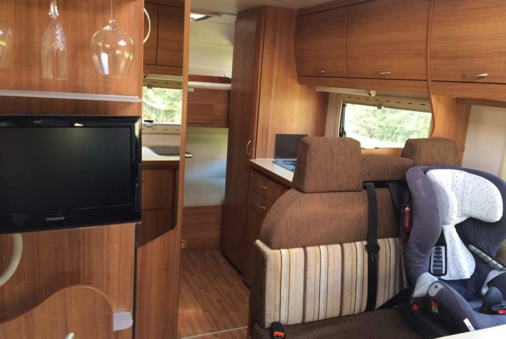 Wohnmobil mieten in Homburg von privat | Eura Mobil Oscar