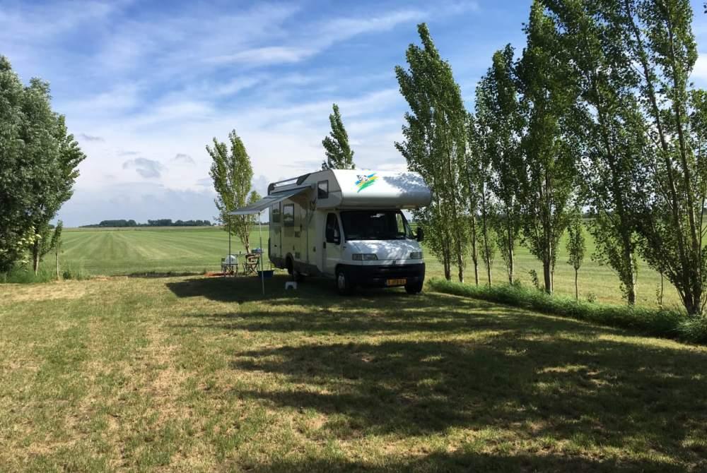 Wohnmobil mieten in Schiedam von privat | Knaus traveller 99 Knaus traveller 99 HFG685