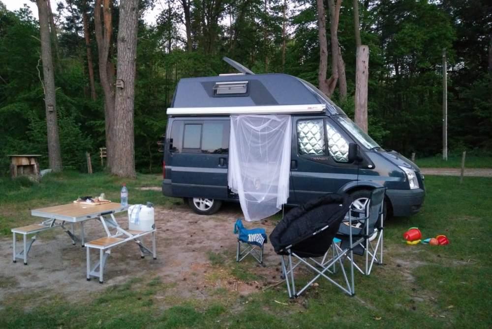 wohnmobil ltee in frankfurt am main mieten. Black Bedroom Furniture Sets. Home Design Ideas