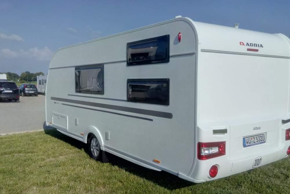 wohnwagen aurora in wismar mieten. Black Bedroom Furniture Sets. Home Design Ideas