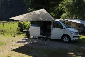 Wohnmobil mieten in Aachen von privat | Volkswagen Campervan Bulli