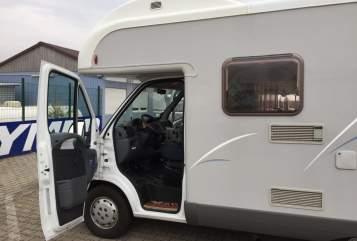 Wohnmobil mieten in Halle (Saale) von privat | Fiat Paul-Emma
