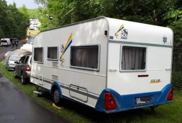 Wohnmobil mieten in Remscheid von privat | Knaus Blaue Linie