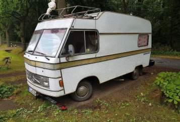 Wohnmobil mieten in Montenegro von privat | Mercedes Hymer PRISCILLA