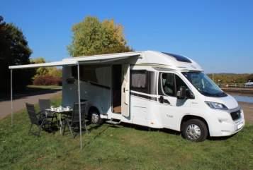 Wohnmobil mieten in Fürstenfeldbruck von privat | Carado Charly*München