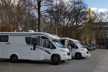 Wohnmobil mieten in Augsburg von privat | Dethleffs Heinz