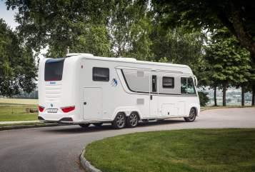 Wohnmobil mieten in Laboe von privat | Knaus Großer