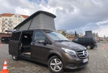 Wohnmobil mieten in Hamburg von privat   Mercedes Benz Swutschi