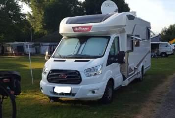 Wohnmobil mieten in Zülpich von privat | Ford Challenger Opa's Bester