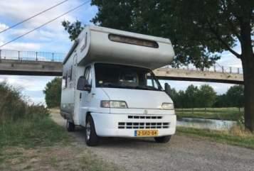 Wohnmobil mieten in Hengelo von privat | Fiat Sjoerd