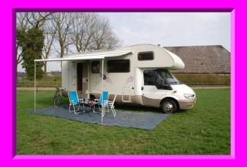 Wohnmobil mieten in Tilburg von privat | Ford Rimor 4 Vila Mobil