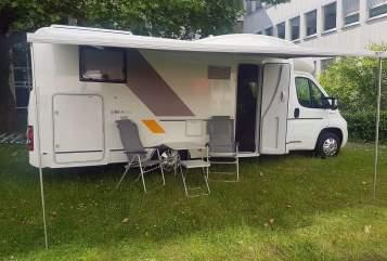 Wohnmobil mieten in Köln von privat | Sun Living BoPi