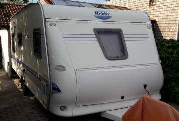 Wohnmobil mieten in Siegsdorf von privat | Hobby Hörbi