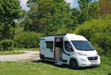 Wohnmobil mieten in Ludwigshafen am Rhein von privat   Knaus camperlu Family