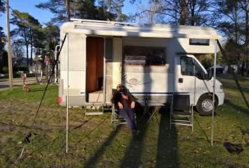 Wohnmobil mieten in Laatzen von privat | Dethleffs Dethleffs Globe