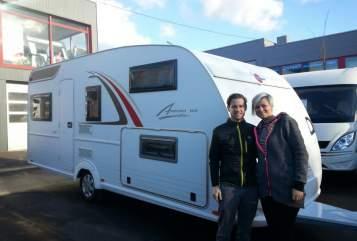 Wohnmobil mieten in Frankfurt am Main von privat | Bürstner Averso  LuNa