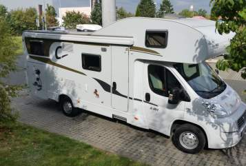 Wohnmobil mieten in Roth von privat | Carado Sweet Home