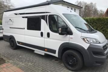 Wohnmobil mieten in Verl von privat | Roadcar 640 PlatinCamper