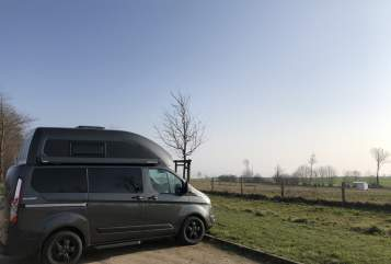 Wohnmobil mieten in Hamburg von privat | Ford Helmut
