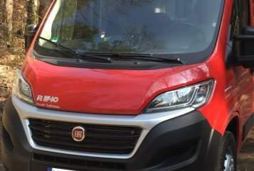 Wohnmobil mieten in Garching bei München von privat | Pössl Mo