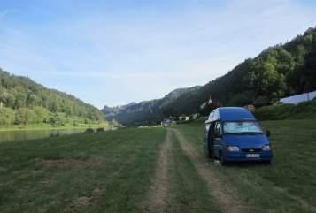 Wohnmobil mieten in München von privat | Ford Transit  Blaue Lagune