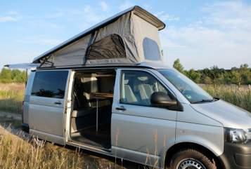 Wohnmobil mieten in Potsdam von privat | VW Frohmut