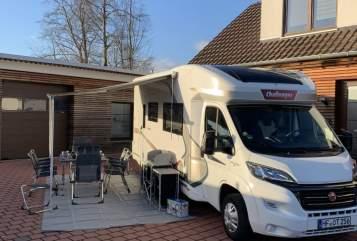 Wohnmobil mieten in Herford von privat | Challanger Challenger 256