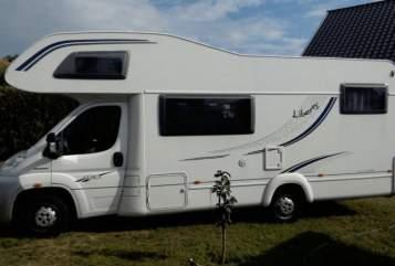 Wohnmobil mieten in Bremervörde von privat | LMC Liberty A671G Ruhepol