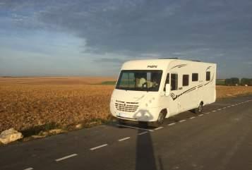Wohnmobil mieten in Mühlenbecker Land von privat | Pilote Flotte Lotte