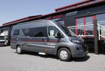Wohnmobil mieten in Stadskanaal von privat | Adria Twin 640 SLX