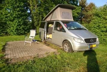 Wohnmobil mieten in Tilburg von privat | Mercedes Vito 115 CDI bokje