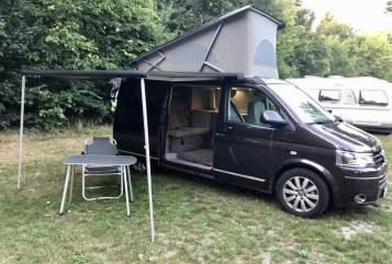 Wohnmobil mieten in Essen von privat | VW T5 Multivan DSG California 2.0Tdi Bulli