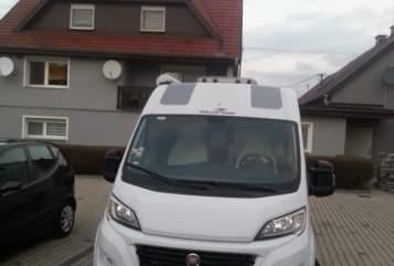 Wohnmobil mieten in Erlensee von privat | Rollerteam White Star