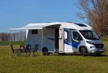 Wohnmobil mieten in Bergkirchen von privat | Knaus Max