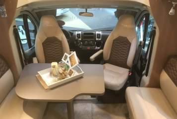 Wohnmobil mieten in Bedburg von privat   Bürstner Premium TD 728