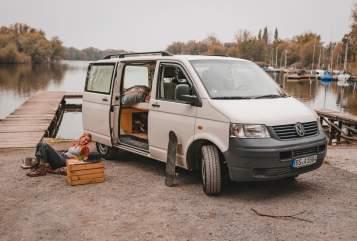 Wohnmobil mieten in Berlin von privat | VW Barndoor